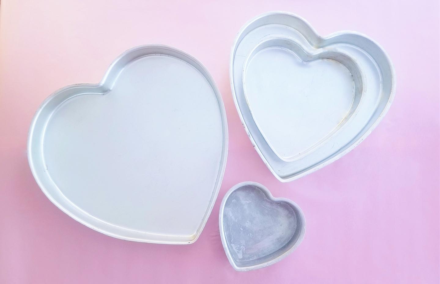 Heart pans