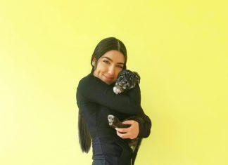 Amandalina Puppy Yoga