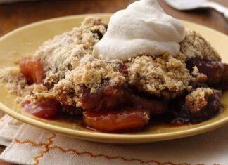 Matzo Meal Peach Berry Crisp