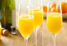 Bottomless Brunch Mimosas