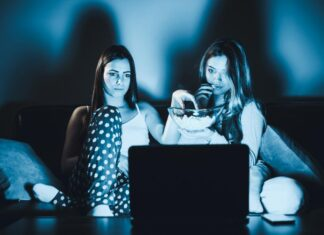 young-females-watch-movie-on-laptop