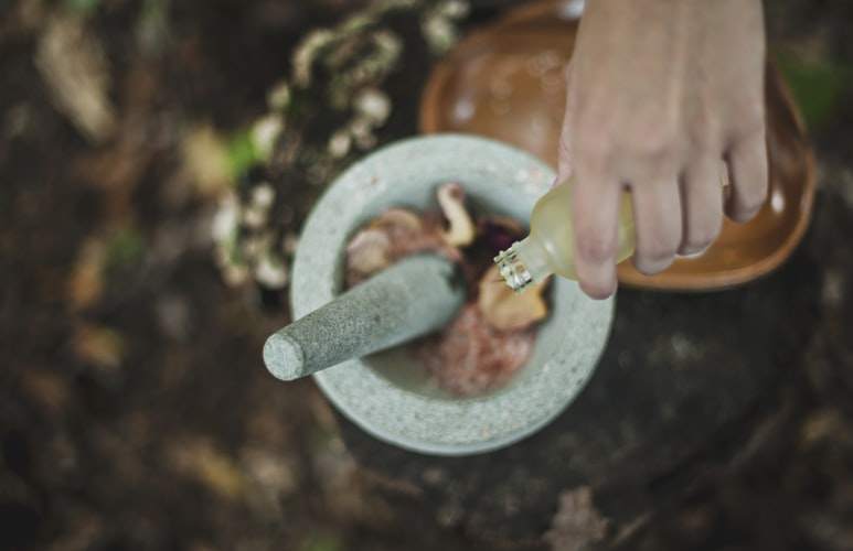 Cannabis Beauty Products as the Most Powerful Anti-Aging Middle ⋆ Dine Magazine